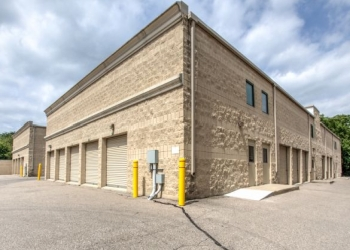 Detroit storage unit iStorage
