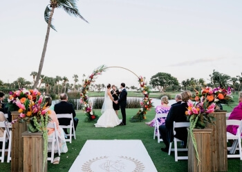 Cape Coral videographer iheART Films