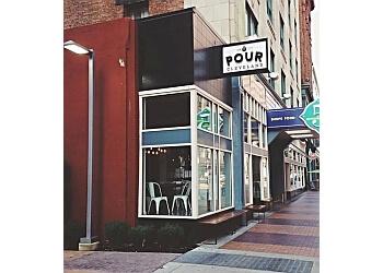 Cleveland cafe Pour Cleveland